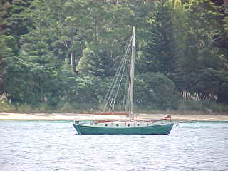 Boat in the Bay Of Islands, Northland, New Zealand (New Zealand, The Travel Addicts, North Island)