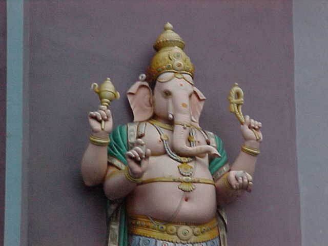Ganesh : Our favorite Hindu diety (Malaysia, The Travel Addicts)
