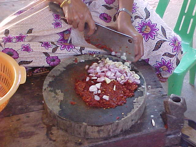 Making Curry Paste (Cambodia, The Travel Addicts)