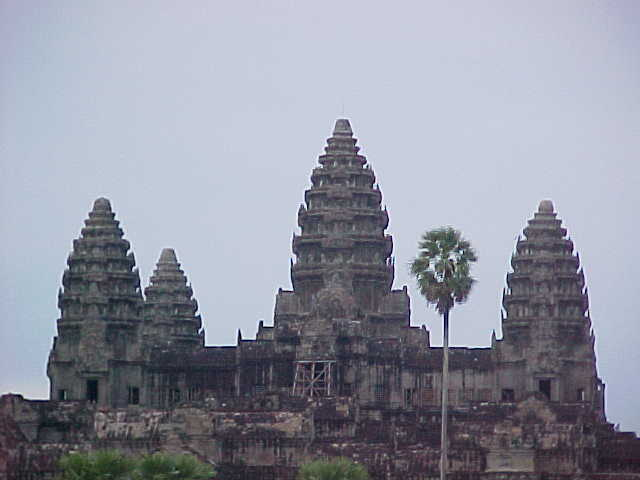 Close up :  (Cambodia, The Travel Addicts)