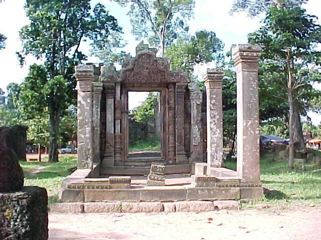 Bantay Srei :  (Cambodia, The Travel Addicts)