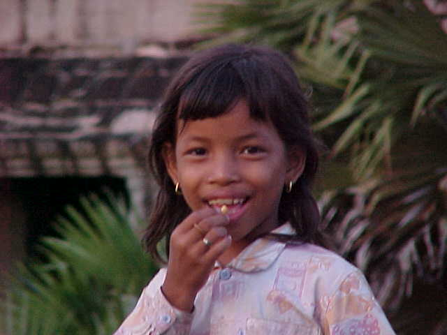 Khmer Child (Cambodia, The Travel Addicts)