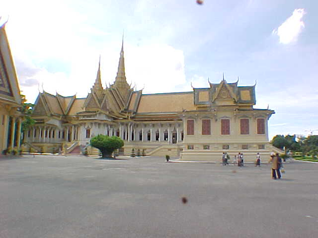King Norodom Sihanouk's palace (Cambodia, The Travel Addicts)