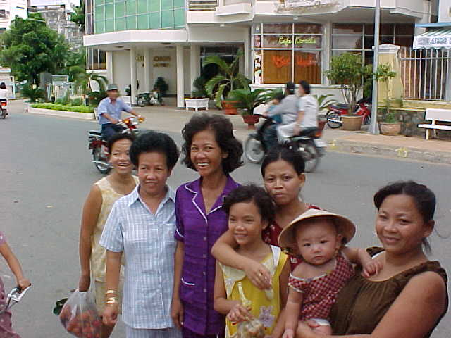 American Vietnamese from NYC visiting family (Vietnam, The Travel Addicts)