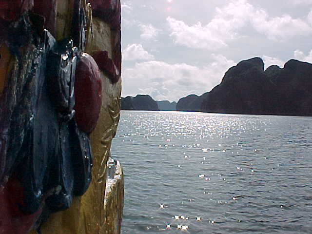 Dragon prow on our boat :  (The Travel Addicts, Vietnam)