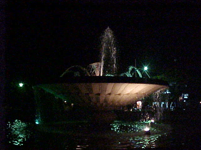Fountain at night (Laos, The Travel Addicts)