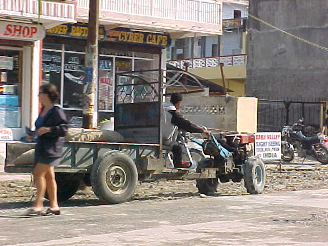 Another tractor contraption (Nepal, The Travel Addicts)