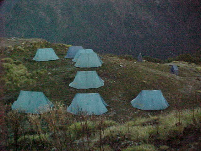 Camp (Nepal, The Travel Addicts)