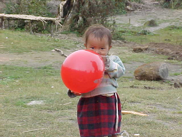 Baloon recipient (Nepal, The Travel Addicts)