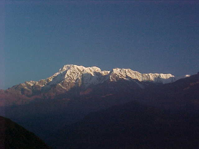 Mountain scenery (Nepal, The Travel Addicts)