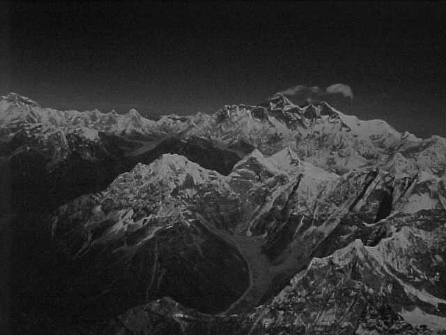 Everest and Lhotse in black and white : Without the sky it was all black and white anyways (Nepal, The Travel Addicts)