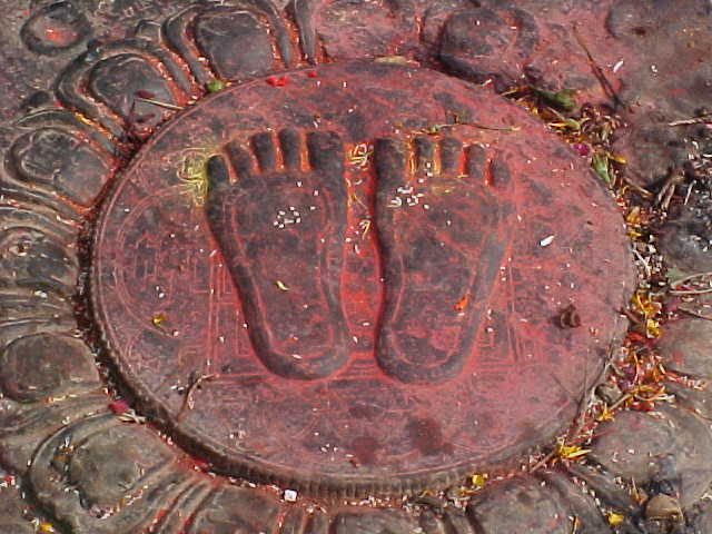 The Lord Buddha's footprint (Nepal, The Travel Addicts)