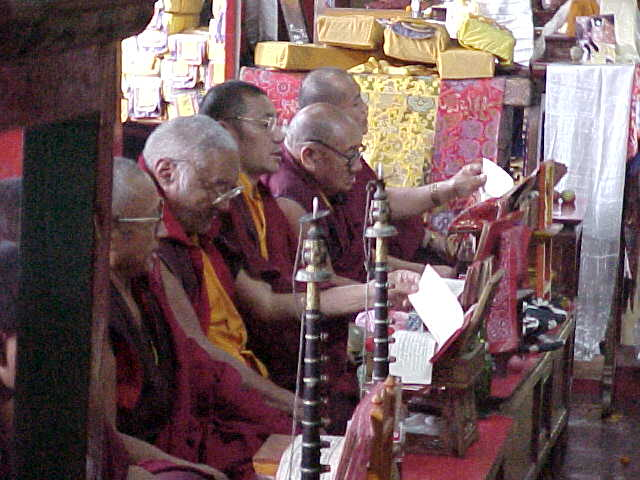 Chanting monks in the Gompa (Nepal, The Travel Addicts)