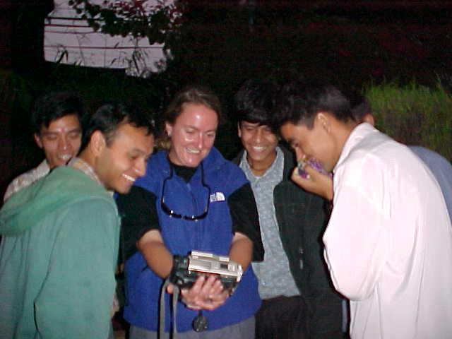 Video night in Kathmandu (Nepal, The Travel Addicts)