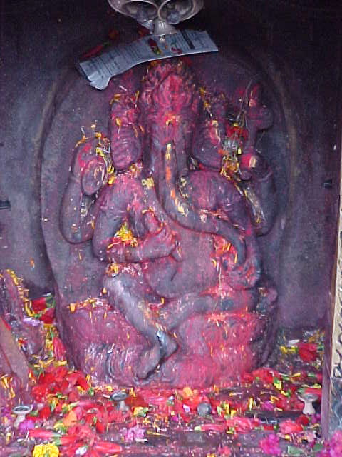Ganesha (Nepal, The Travel Addicts)