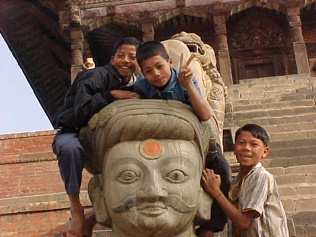 (Nepal, The Travel Addicts)