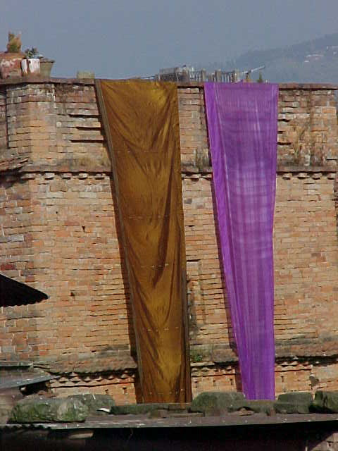Drying saris (Nepal, The Travel Addicts)