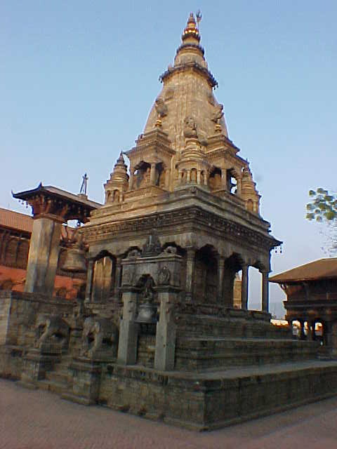 Temple in Durbar Square (Nepal, The Travel Addicts)